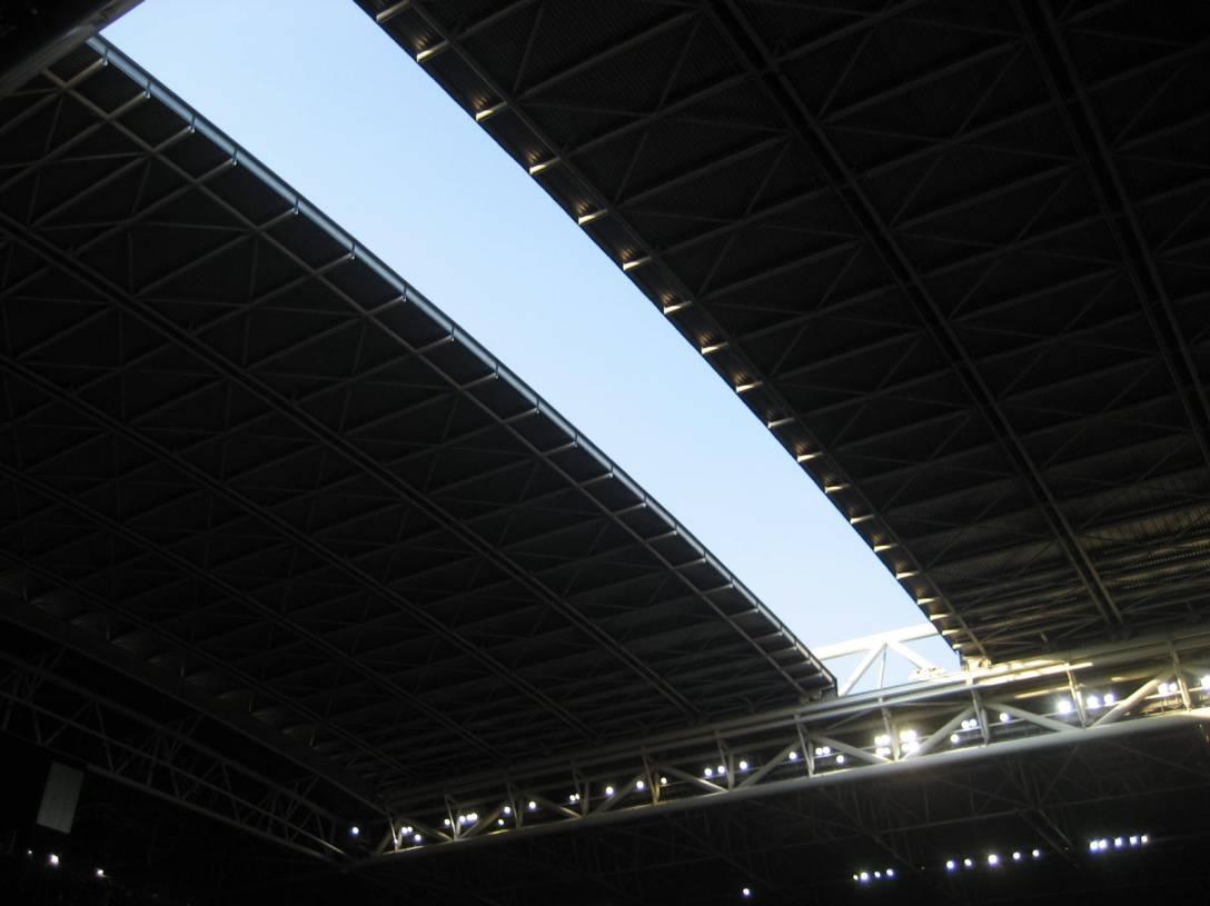 millennium stadium roof