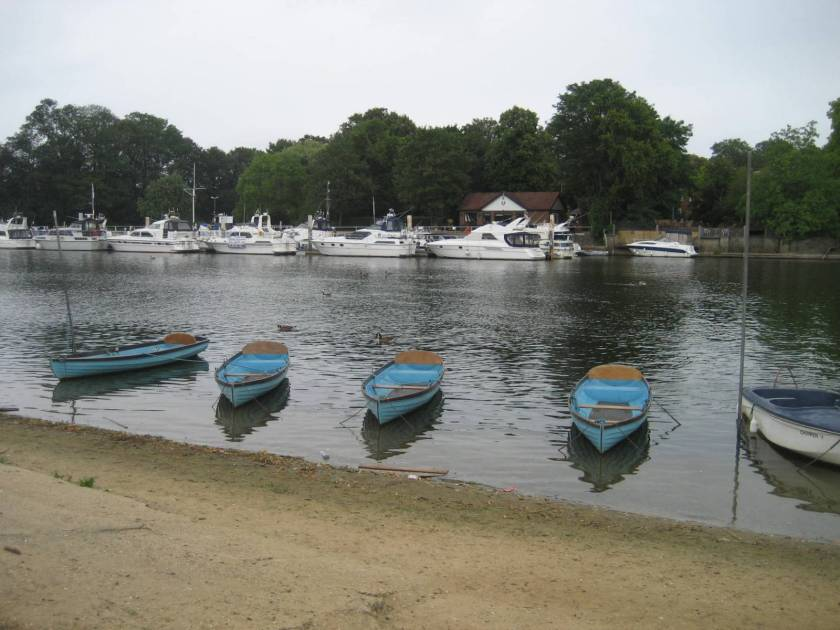 Boating on the Thames